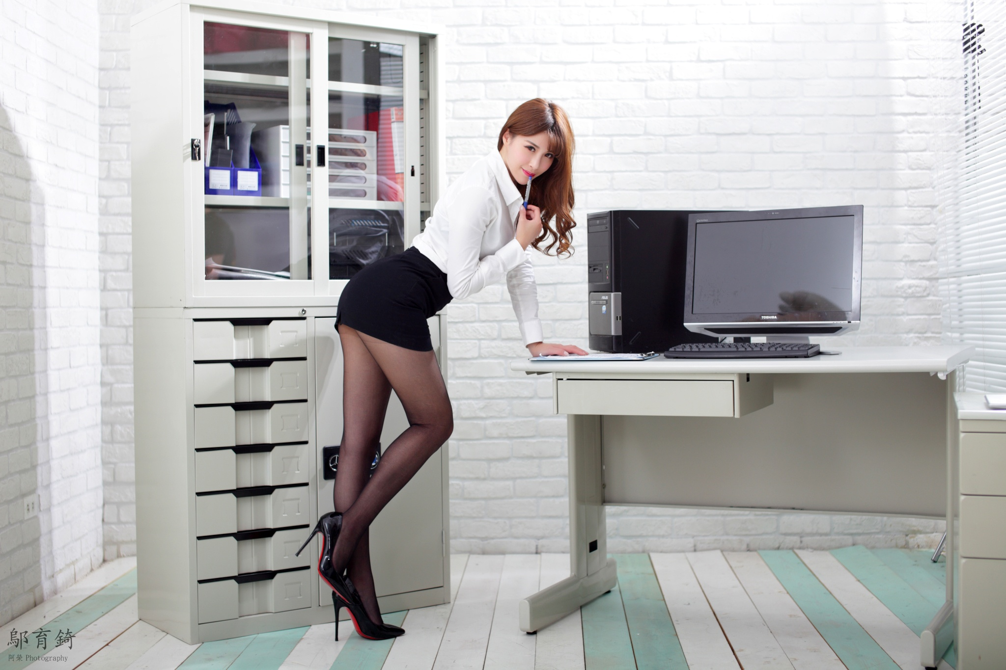 spanic-hot-office-girl-wet-sex-videos