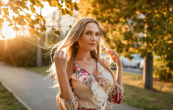 Picture look, the sun, trees, pose, model, portrait, makeup, dress, hairstyle, blonde, the sidewalk, bokeh, A …