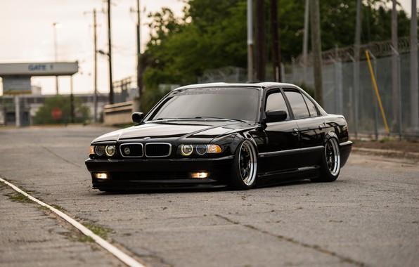 Picture BMW, E38, BMW E38