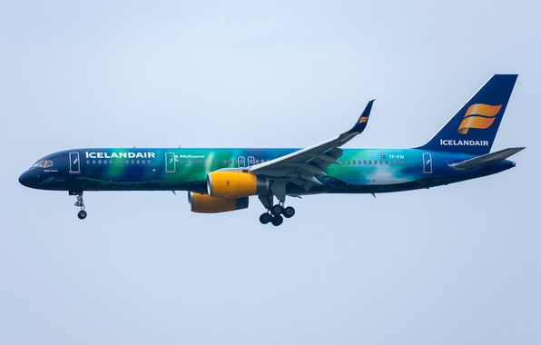 Picture Boeing, 757-200W, Icelandair