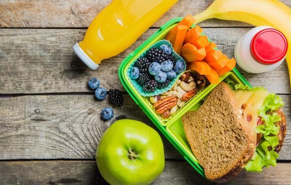Picture berries, Apple, juice, bread, fruit, nuts, banana, carrots, sandwich