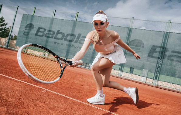 Picture pose, Girl, racket, cap, Anton Kharisov, Katrin Sarkozy