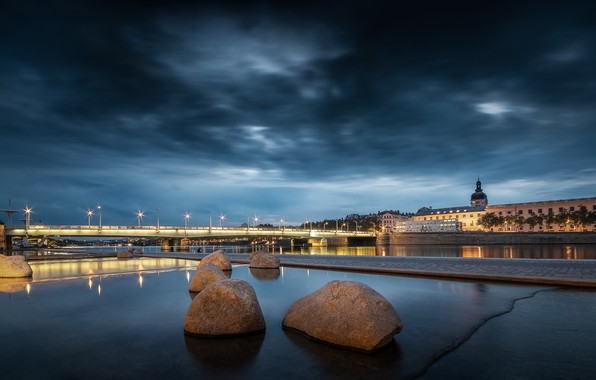 Picture lights, France, the evening, Lyon
