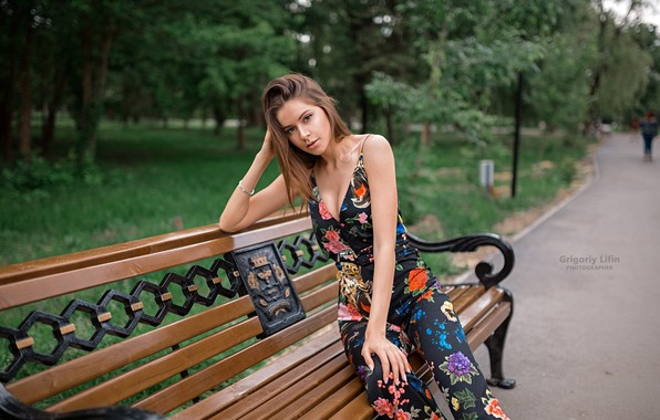Picture look, trees, bench, pose, Park, model, portrait, makeup, figure, hairstyle, costume, brown hair, beauty, sitting, …