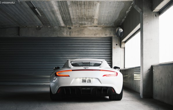 Picture White, Supercar, Aston Martin One 77