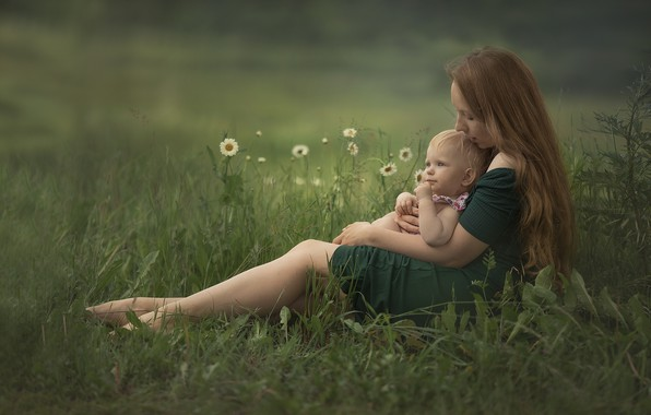 Picture summer, grass, flowers, nature, woman, chamomile, baby, mom, child, mother, motherhood, Chudak Irena