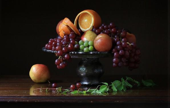 Picture orange, grapes, vase, fruit, still life, pear, the dark background