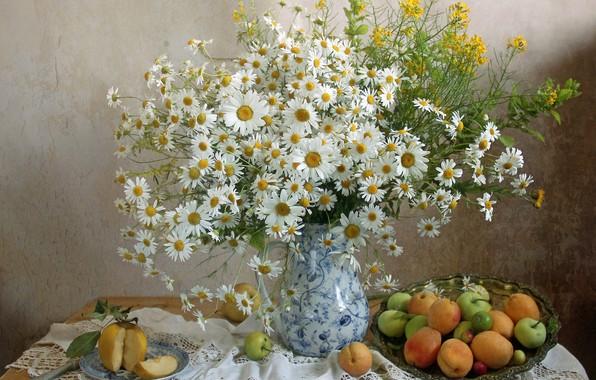 Picture summer, chamomile, bouquet, fruit, apricots