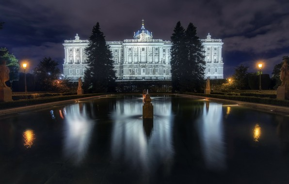 Picture night, the city, Madrid, Royal Palace