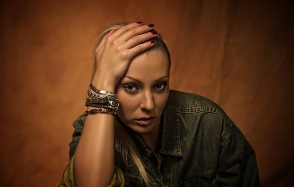 Picture look, girl, beautiful, bracelets, bokeh, Kide Fotoart