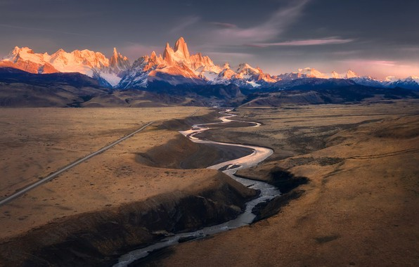Picture mountains, valley, Patagonia