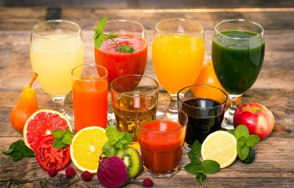 Picture leaves, raspberry, lemon, Apple, orange, kiwi, glasses, pear, glasses, drinks, bokeh, juices, grapefruit, beets
