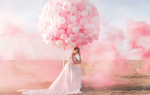 Picture the sky, girl, balloons, smoke, paint, Jovana Rikala