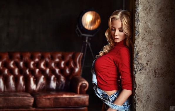 Picture pose, sofa, model, lamp, makeup, Mike, hairstyle, blonde, beauty, Kate, is, red, jumpsuit, bokeh, the ...
