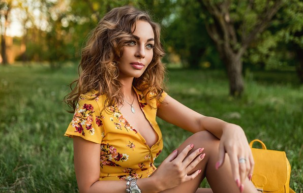 Picture model, pretty, pose, yellow dress, A Diakov George