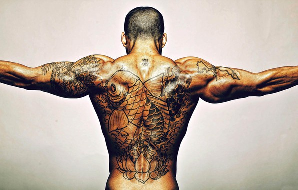 Picture Men, Back, Tattoo