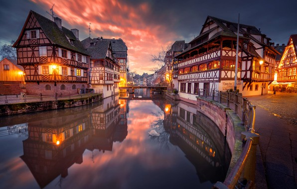 Picture the city, dawn, street, France, home, morning, lights, channel, the bridge, Strasbourg, Strasbourg