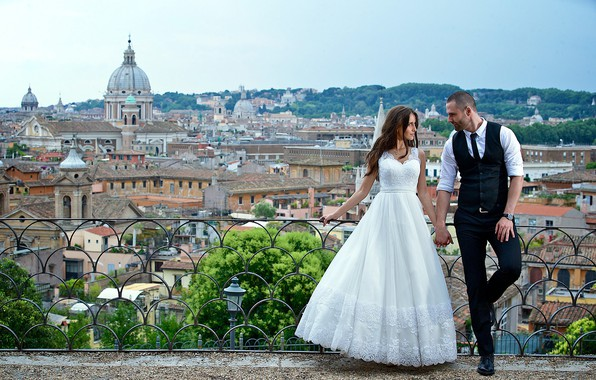 Picture love, the city, pair, the bride, wedding