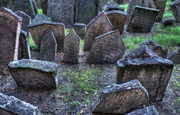 Picture life, cemetery, tombstones