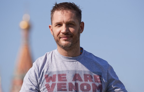 Picture look, pose, t-shirt, beard, actor, writer, Tom Hardy, Tom Hardy, film producer