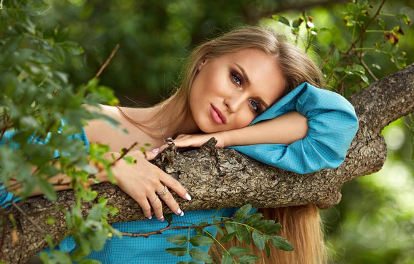 Picture greens, look, leaves, girl, the sun, branches, nature, tree, portrait, makeup, dress, hairstyle, blonde, beautiful, …