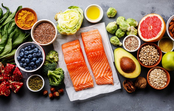 Picture fish, nuts, cabbage, grapefruit, garnet, blueberries, ginger, avocado, broccoli, salmon, seasoning