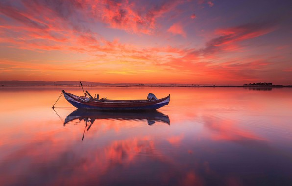 Picture sunset, boat, Portugal