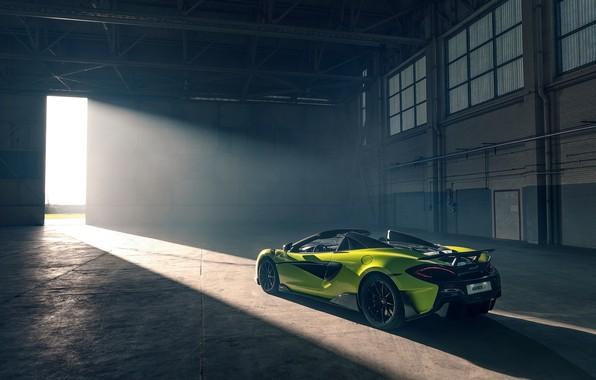 Picture machine, style, hangar, lights, McLaren 600LT Spider
