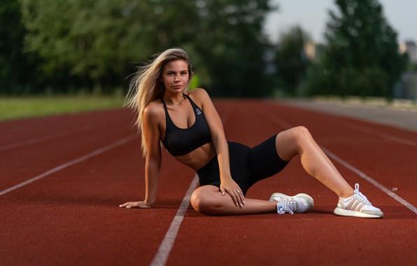 Picture look, girl, pose, feet, sport, shorts, topic, treadmill, sneakers, Ilya Pistols, Nastya Mikheeva