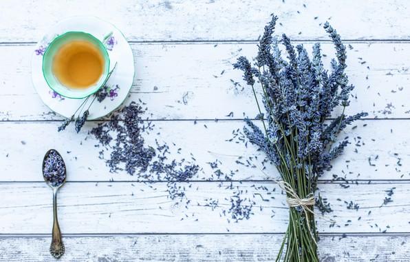 Picture tea, spoon, lavender