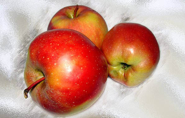 Picture apples, the Wallpapers, author's photo by Elena Anikina