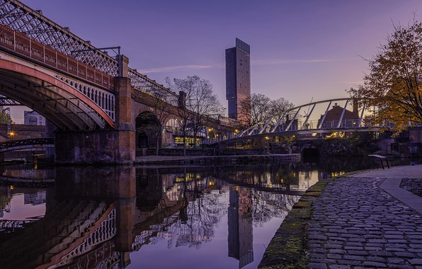 Picture bridge, river, England, morning, Manchester