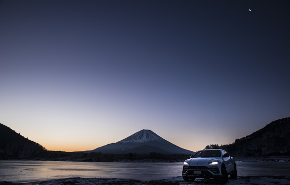 Picture mountain, the evening, Lamborghini, Japan, twilight, 2018, crossover, Fuji, Urus