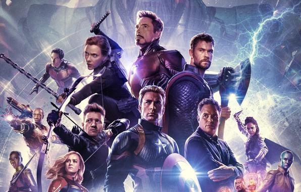 Picture Scarlett Johansson, Hulk, Iron man, Captain America, Thor, Robert Downey Jr., Chris Hemsworth, Black Widow, …