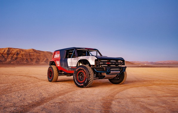 Picture Ford, in the desert, 2019, Bronco R Race Prototype