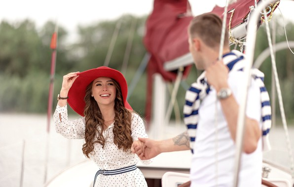 Photo wallpaper girl, love, stay, yacht, pair, hat, guy, walk
