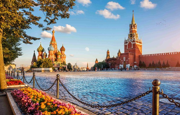 Picture the sky, flowers, area, Moscow, Russia, Red square