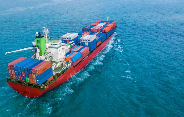 Picture ocean, ship, containers