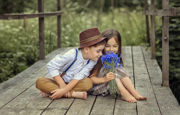 Picture summer, flowers, children, feelings, boy, friendship, girl, a couple, a bunch, cornflowers, mostok, Victoria Dubrovskaya