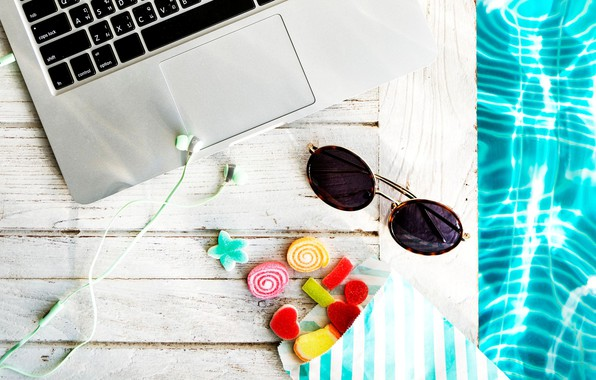 Picture water, headphones, glasses, sweets, laptop
