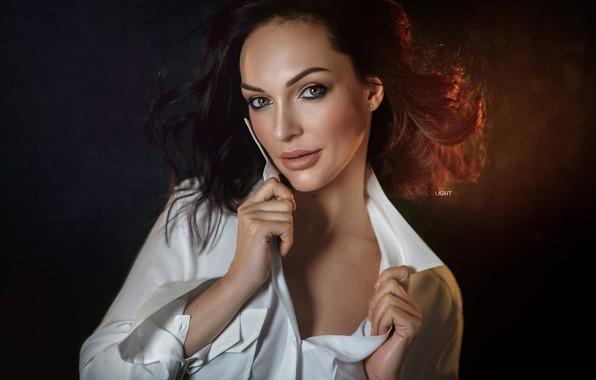 Picture look, girl, face, background, hair, portrait, hands, blouse, Alexander Drobkov-Light, Galina Golembiowska