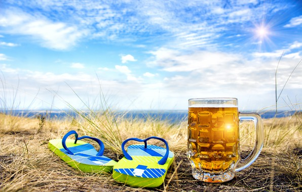 Picture sea, the sky, grass, the sun, clouds, landscape, nature, shore, beer, mug, bokeh, slates