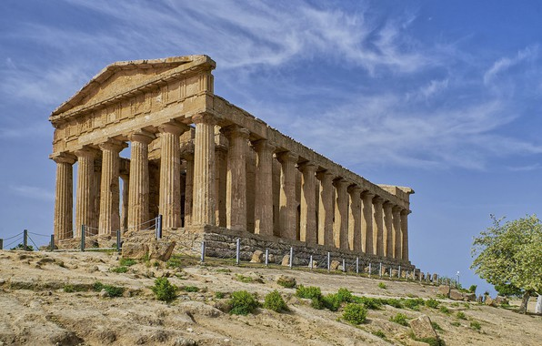 Picture the building, Greece, ruins, columns