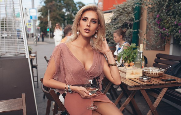 Picture look, girl, style, wine, model, glass, cafe, restaurant, Rome Rome, Oksana Streltsova, pose. neckline