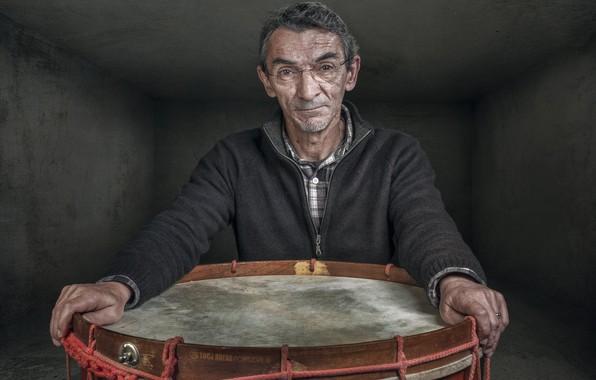 Picture people, portrait, drum