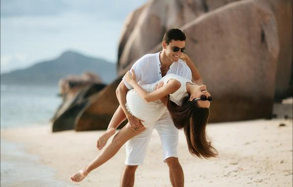 Picture sea, beach, girl, glasses, girl, guy, lovers, beach, sea, lovers, glasses, guy