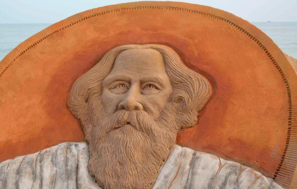 Picture India, artist, writer, the poet, composer, a sand sculpture, Rabindranath Tagore