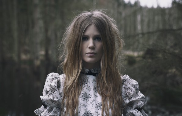 Picture black metal, Darkness, nordic folk, Amalie Bruun, black metal, Danish musician and actress, Nordik folk, …