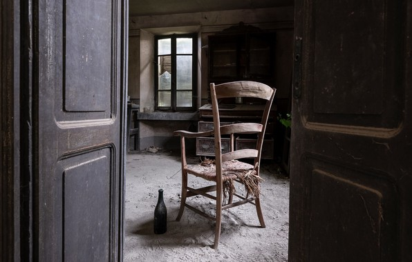 Picture bottle, the door, window, chair