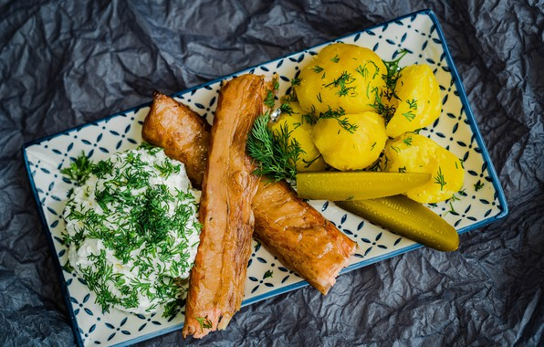 Picture dill, meat, cucumbers, sour cream, potatoes